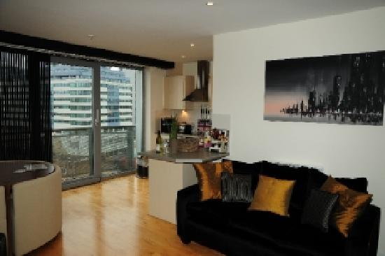 Cranbrook House Serviced Apartments: Boutique Style Interiors