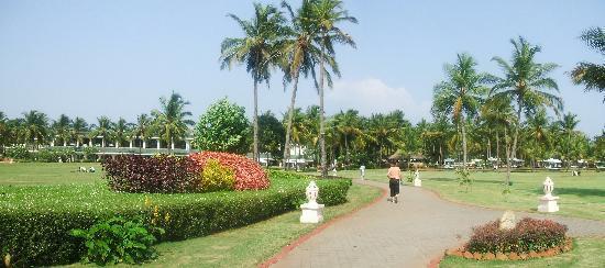 Taj Exotica Resort & Spa Goa: Gardens
