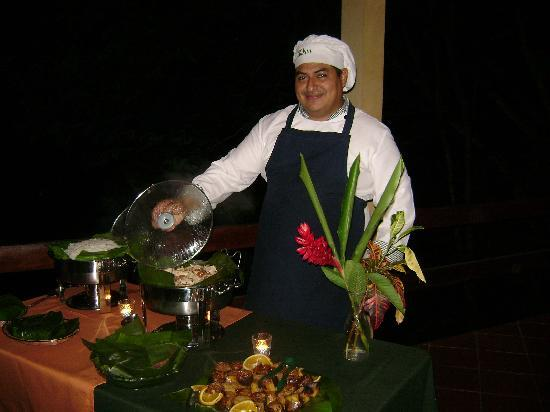 Amatierra Retreat and Wellness Center: Chef Pablo