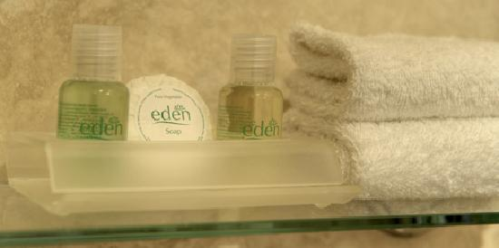 Alpha Guest House: soaps