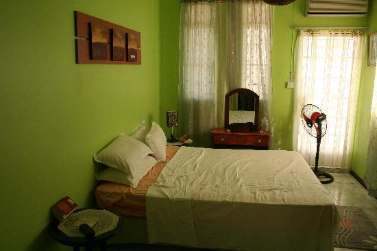 Pallagino Guest House: bedroom