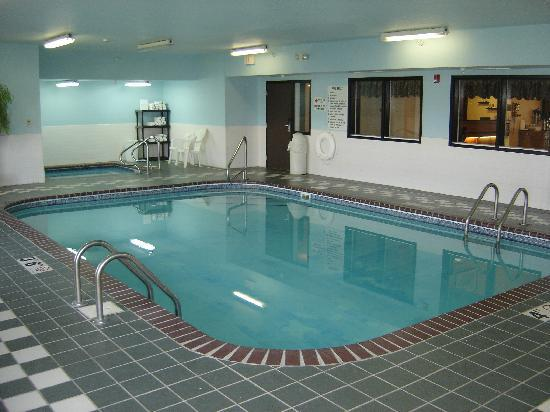 New Victorian Inn & Suites Sioux City: Indoor Pool open 24 hours!
