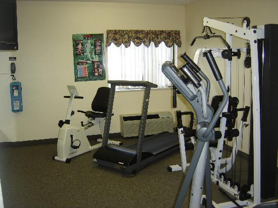 New Victorian Inn & Suites Sioux City: Fitness Room