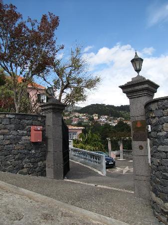 Quinta do Alto de Sao Joao: Zufahrt zur Quinta