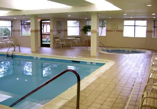 Courtyard Rock Hill : Relax by the pool after a busy day of meetings or sightseeing. A refreshing dip in the cool wate