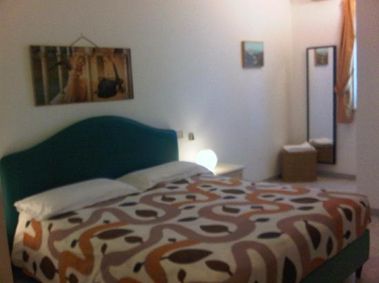 Hotel Villa Pirotta: Una delle nostre deliziose camere