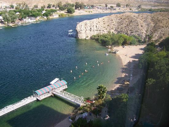 Harrah's Laughlin: South view from our room