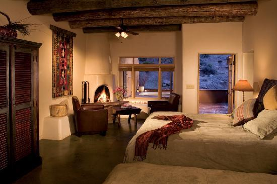 Ojo Caliente Mineral Springs Resort and Spa: Cliffside Suite at Ojo Caliente Mineral Springs