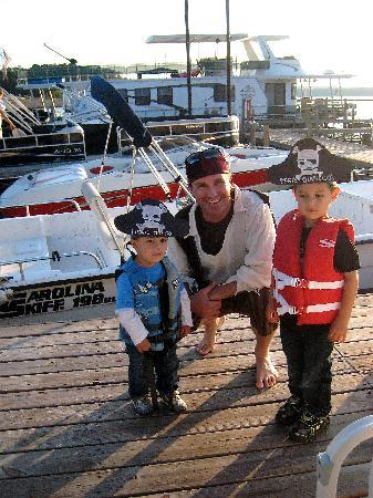 Triangle Boat Tours: Pirate Captain and new pirates