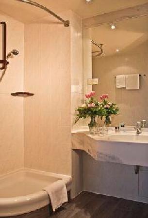 Hotel Deichgraf Cuxhaven: Badezimmer
