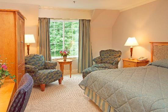 Gorges Grant Hotel: Unwind in a Premium Room