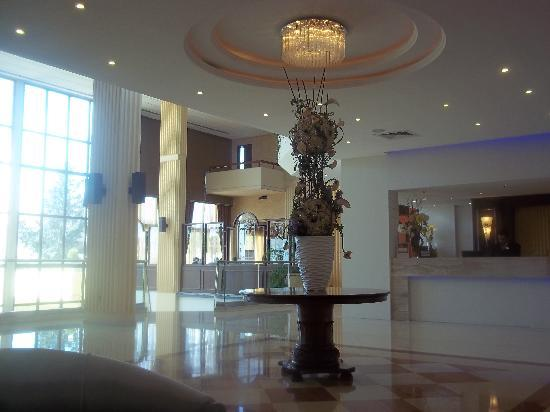 Elias Beach Hotel: reception