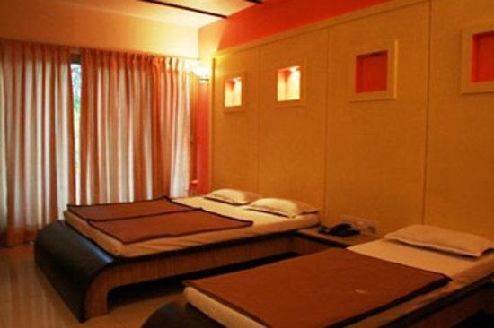 Hotel Uday