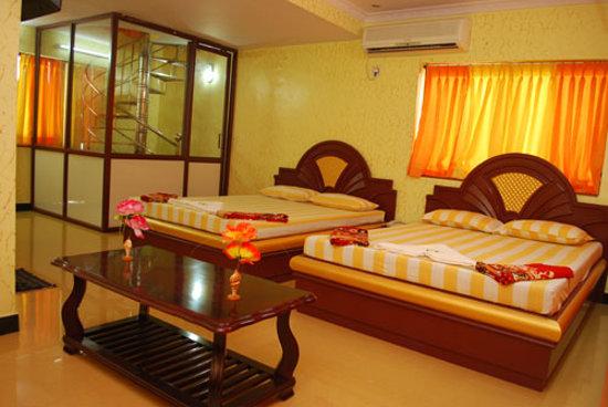 Tri Sea Hotel (P) Ltd: Hotel Tri Sea