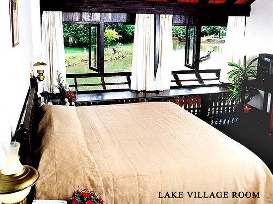 The Lake Village Heritage Resort