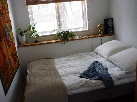 our room the double bed bild fr n helens bed and breakfast stockholm tripadvisor. Black Bedroom Furniture Sets. Home Design Ideas