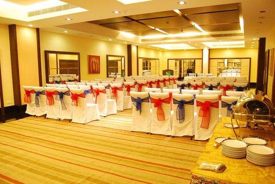 Gokulam Park Sabari - OMR : Quality Hotel Sabari Classic