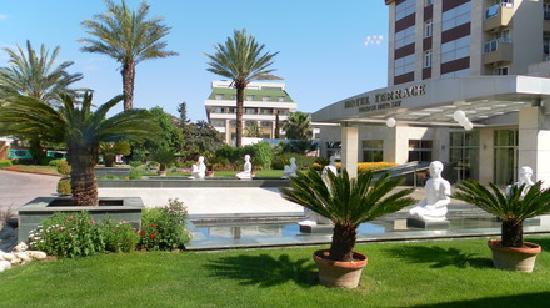Hotel Terrace Beach Resort: Eingangsbereich