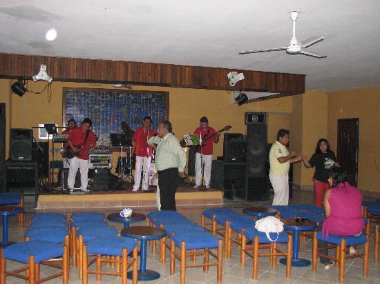 Ritz Acapulco: soirée musical avant le show de fin de soirée