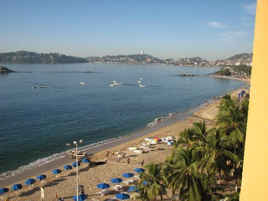 Ritz Acapulco: Vue de la Baie d'Acapulco de notre chambre