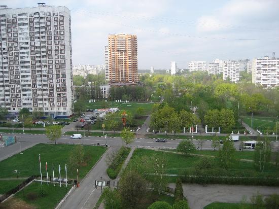 โรงแรมแคเทอรินาปาร์ค: Вид с 10 этажа отеля на парк