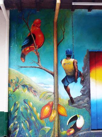 Posada Altamira Caceres: fesque murale dans le village