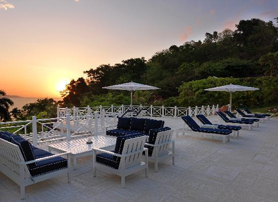 Round Hill Hotel & Villas: Every Villa at Round Hill has Spectacular Ocean Views and Sunset Views