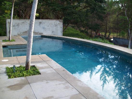 Hix Island House: Serenity Swim