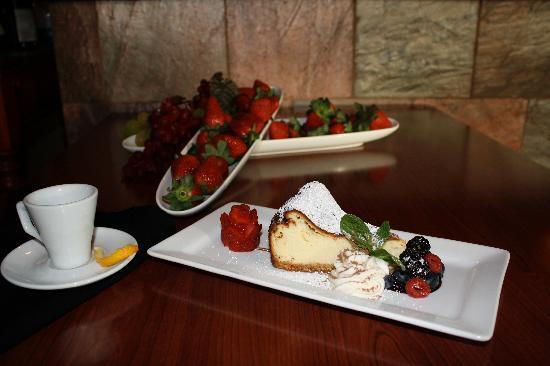 Francesca's Italian Kitchen: Cheesecake