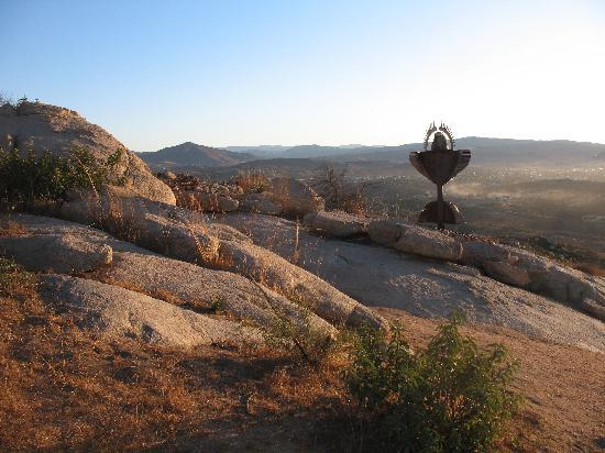 Tecate, Mexico: Morning hike