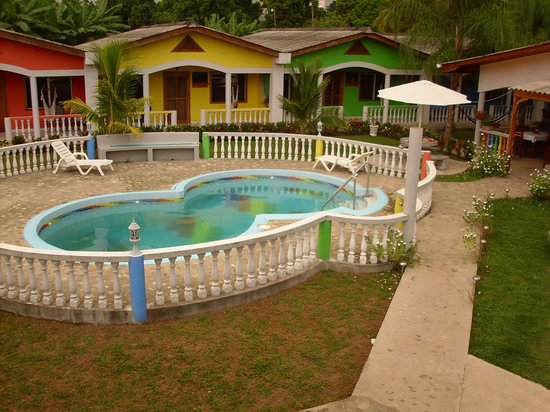 Hotel Rainbow Village: Hotel with Pool