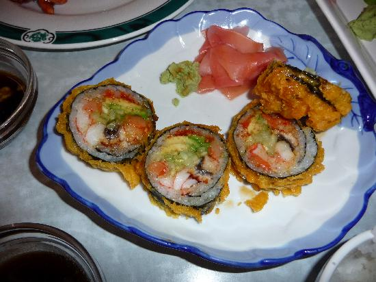 JH Chen Asian Bistro : Sushi roll, we had already eaten a few bites