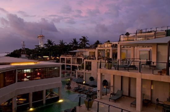 FuramaXclusive Ocean Beach: Hotel Area