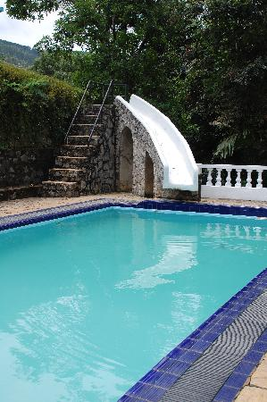 Ashburnham Estate: The pool