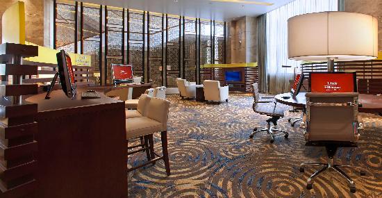 Sheraton Grand Bangalore Hotel at Brigade Gateway: Link @ Sheraton