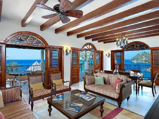 Cap Maison: Living rooms to Villa Suites