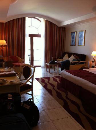 JA Palm Tree Court: Angebliche Suite