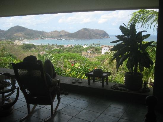 Las Palmas B&B: Morning coffee - paradise!