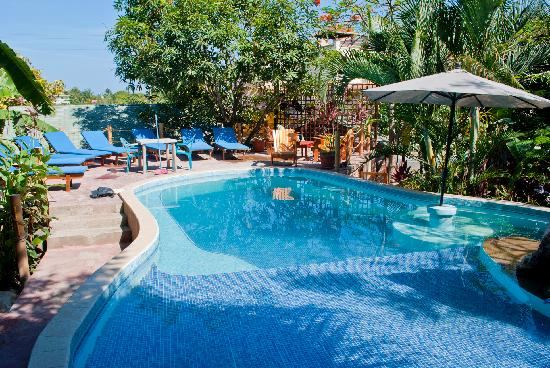 Poolside, West Bay Lodge, Roatan