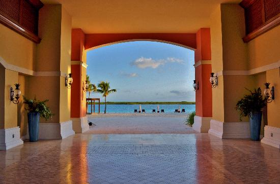 Blue Haven Resort: Entrance Leeward