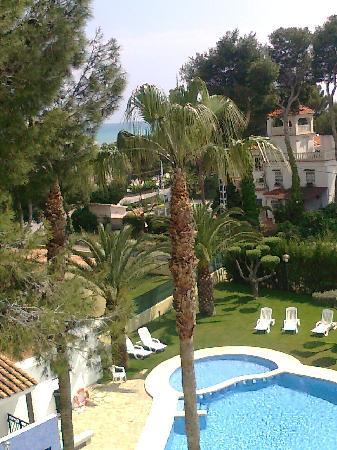 Servigroup Romana: la piscina desde la habitación con vistas al mar