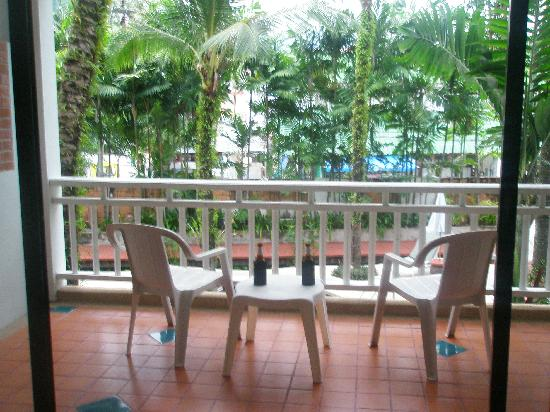 Sunset Beach Resort: Our balcony and view from Room 2203