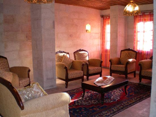 Nature Park Cave Hotel: Lobby