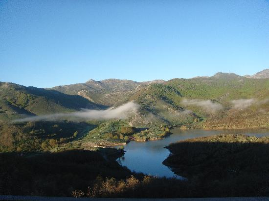 Cervera de Pisuerga, Spain: vistas desde terraza 411