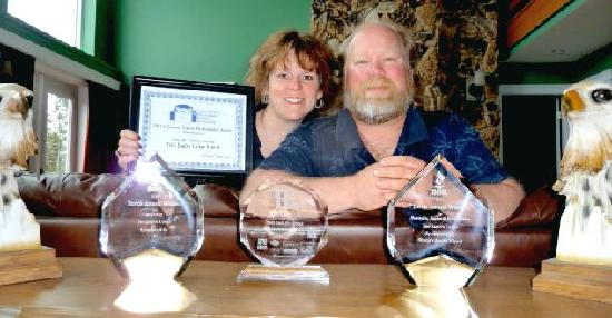 Two Eagles Lodge: Carolyn & Steve celebrate latest awards