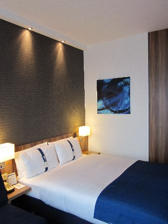 Holiday Inn Express Dresden City Centre : The room