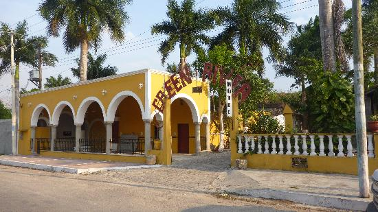 Izamal, Mexico: Green river Exterior