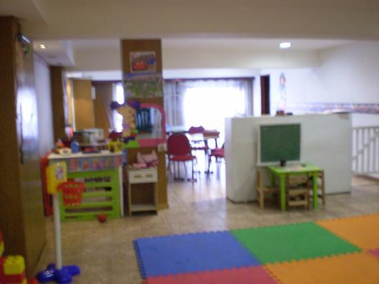 San Remo Grand Hotel: Salón de juegos infantiles