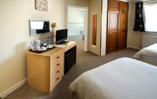 Red Mullions: Twin Room - en suite