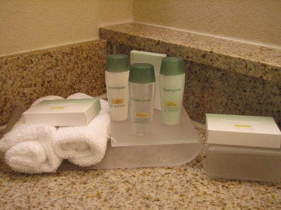 Homewood Suites Richmond Airport: The Neutrogena bathroom amenities were too harsh for me.